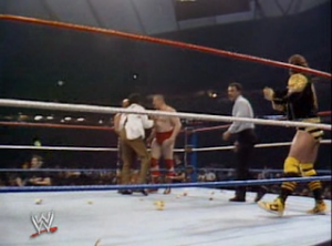 Wrestlemania-III-3_The-Killer-Bees_vs_The-Iron-sheik_and_Nikolai-Volkoff_garbage-in-the-ring
