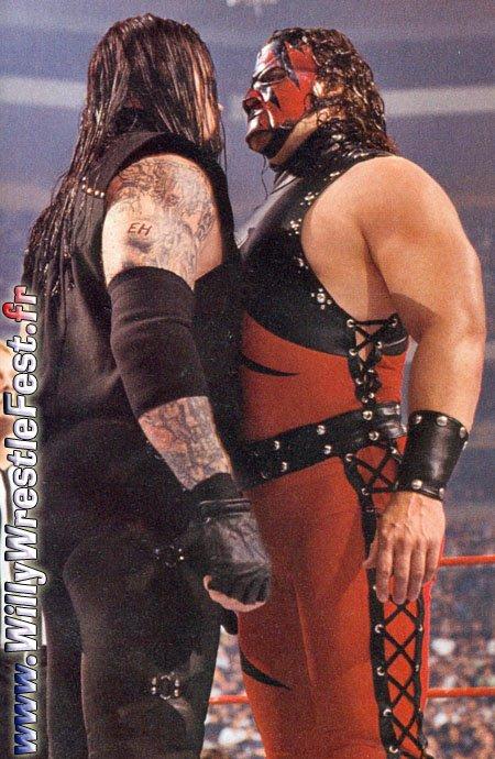 WrestleMania_14_-_Undertaker_Vs_Kane_01