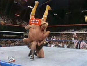 WWE-WWF_Wrestlemania-IV-1988_Randy-MachoMan_Savage_vs_Greg-TheHammer-Valentine