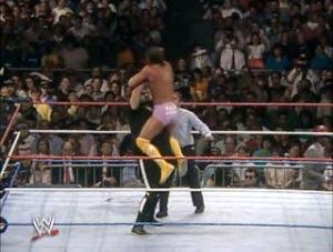 WWE-WWF_Wrestlemania-IV-1988_Randy-MachoMan_Savage_vs_OneManGang