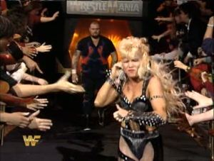 WWE-WWF_Wrestlemania-X_Bam-Bam-Bigelow_Luna-Vachon_entrance