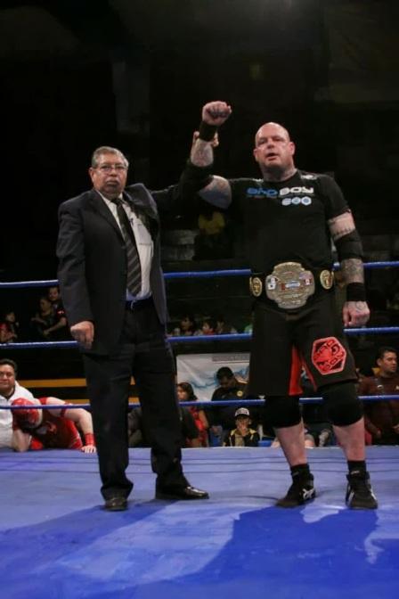 el vamprio campeón IWRG