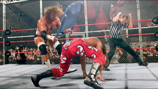 Bad Blood 2004 Triple H vs Shawn Michaels Hell In A Cell