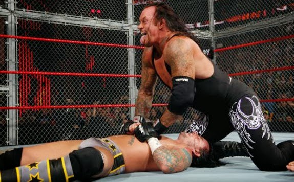 Hell In A Cell Undertaker vs CM Punk 2009