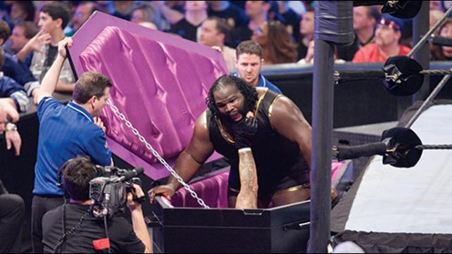 The Undertaker vs Mark Henry WM 22