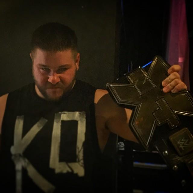 Kevin Owens nuevo Campeón de NXT