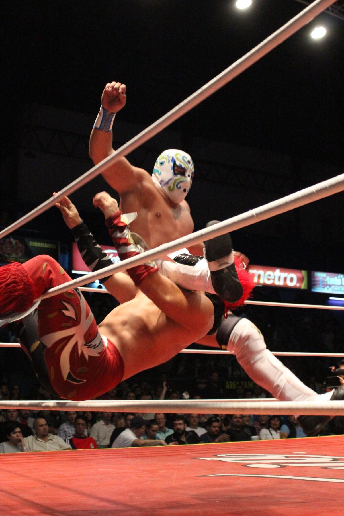 CMLL (1)